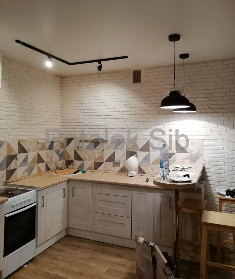 Матовый и сатиновый натяжные потолки | Кухня
