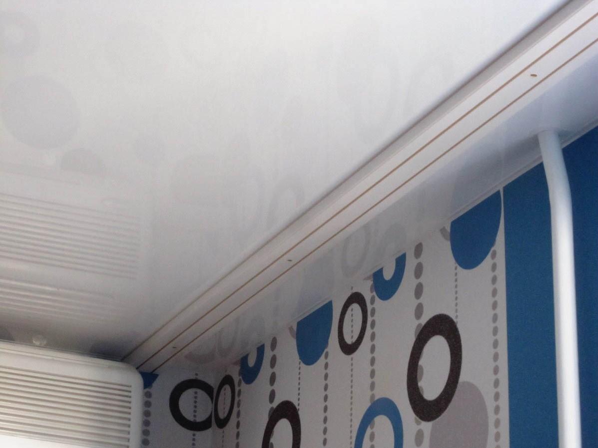Гардина на натяжной потолок без боритка